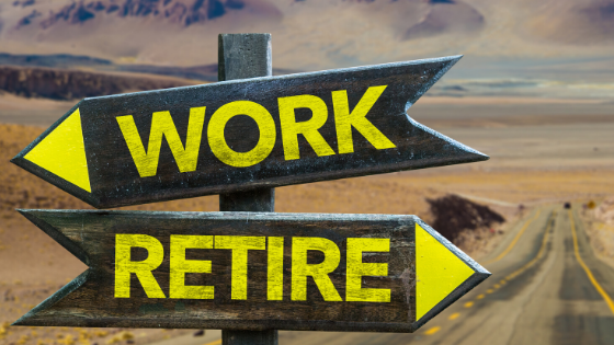 can you live off military retirement